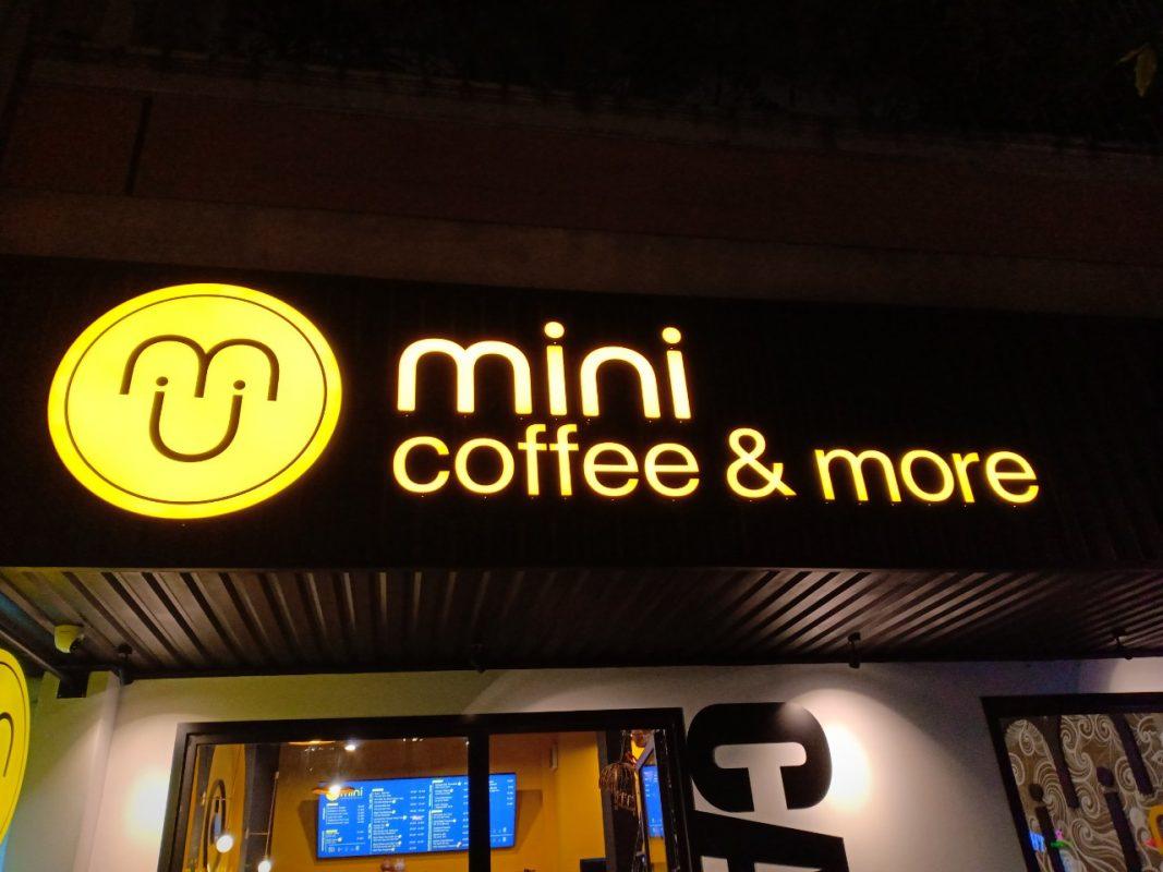 Gợi Ý Cho Bạn Để Có Biển Hiệu Đẹp Cho Quán Cafe