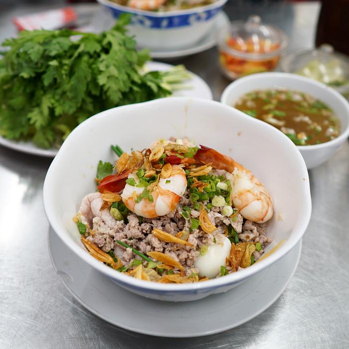Chia Sẻ Cách Nấu Hủ Tiếu Nam Vang Ngon Đậm Chất Hương Vị Campuchia