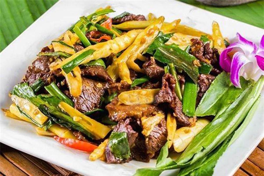Học cách làm măng tươi xào thịt bò ngon đúng điệu