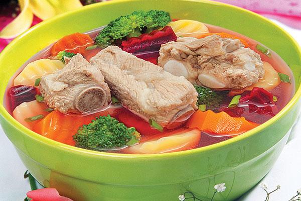 Ấm bụng ngày mưa với món canh súp rau củ