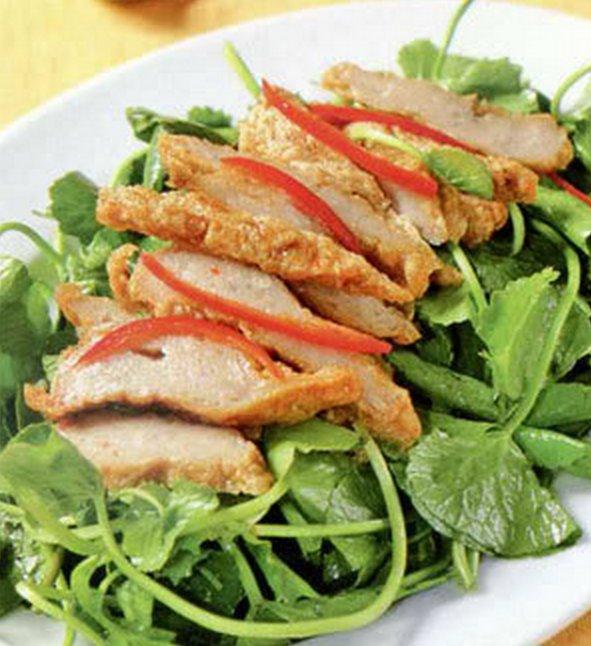Học cách làm món gỏi rau má chả cá dân dã, thú vị