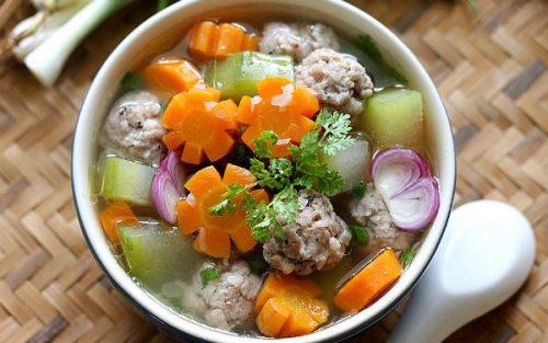 Hướng dẫn nấu canh súp thịt viên rau củ đủ chất