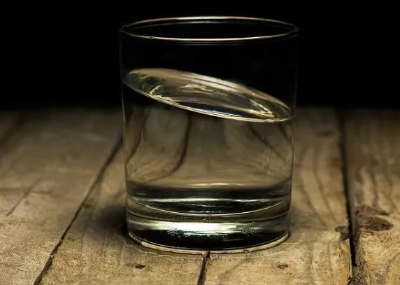 Uống nước như thế này làm giảm hơn một nửa tỷ lệ ung thư