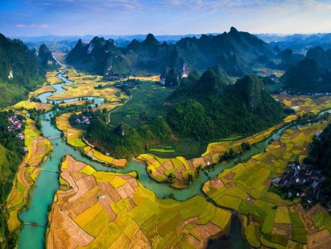Non nước Cao Bằng lọt top 9 điểm đến có tầm nhìn đẹp nhất Châu Á - 1