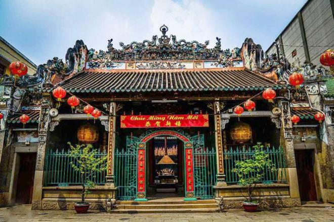 Uy nghiêm chùa Bà Thiên Hậu - 1