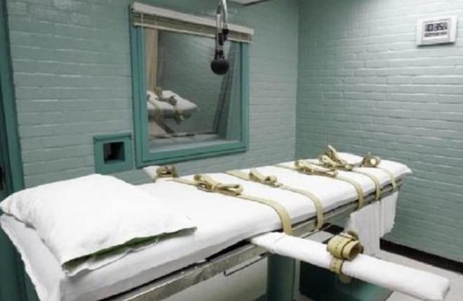 Nữ tử tù được khám có thai hay không trước khi tiêm thuốc độc - 1