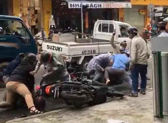 Cảnh sát nổ súng bắt nghi phạm trộm xe máy ở Đà Nẵng - 1