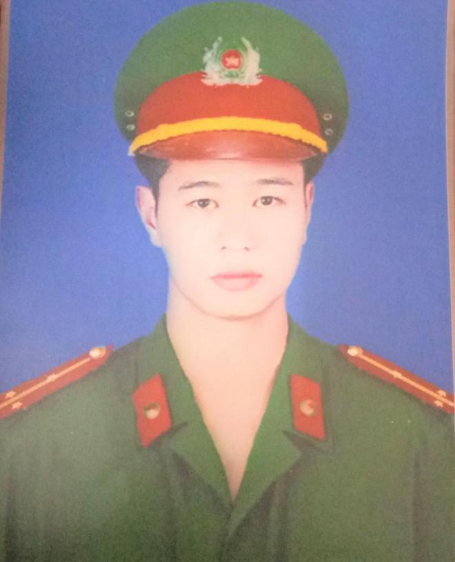 Vụ thượng úy công an xã bị đánh tử vong: Đề xuất truy thăng quân hàm - 1