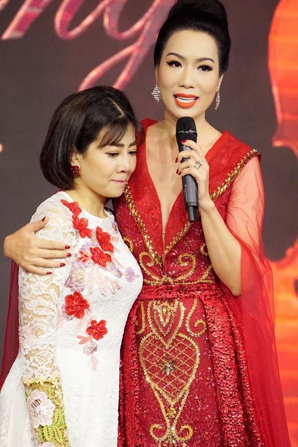 Mai Phương xúc động trong đêm nhạc gây quỹ chữa bệnh ung thư máu giúp con gái đạo diễn Đỗ Đức Thành
