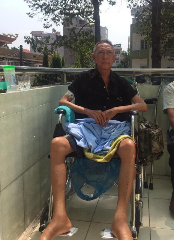 Nghệ sĩ Lê Bình nhập viện vì tế bào ung thư đã xâm nhập tới tận tuỷ, bán thân bất toại