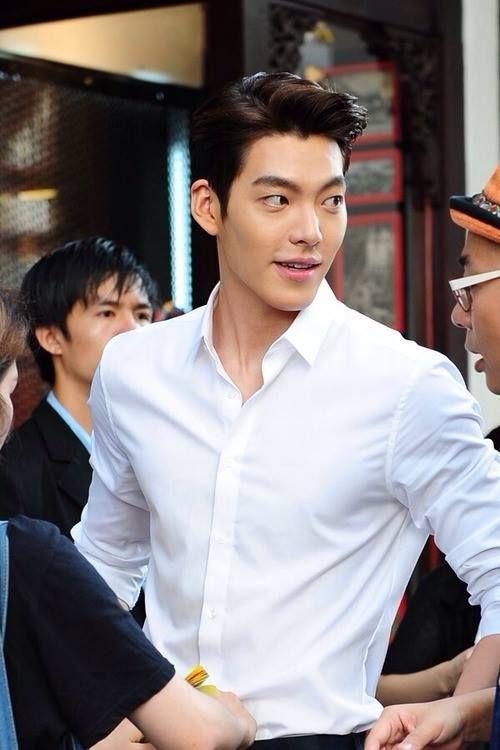 Kim Woo Bin lần đầu xuất hiện công khai trước công chúng sau 2 năm 6 tháng điều trị bệnh ung thư