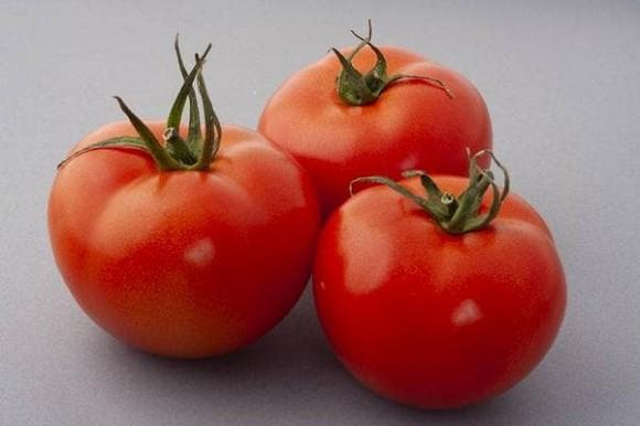 Được mệnh danh là 'trái cây bảo vệ nam giới'! Nhưng hai cách ăn cà chua hoàn toàn có hại cho sức khỏe!