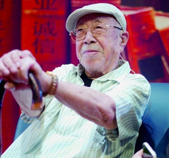 Diêm Vương trong 'Tây du ký' 1986: Có quyền quyết định sinh mệnh y như phim, tuổi 94 hai lần chiến thắng ung thư