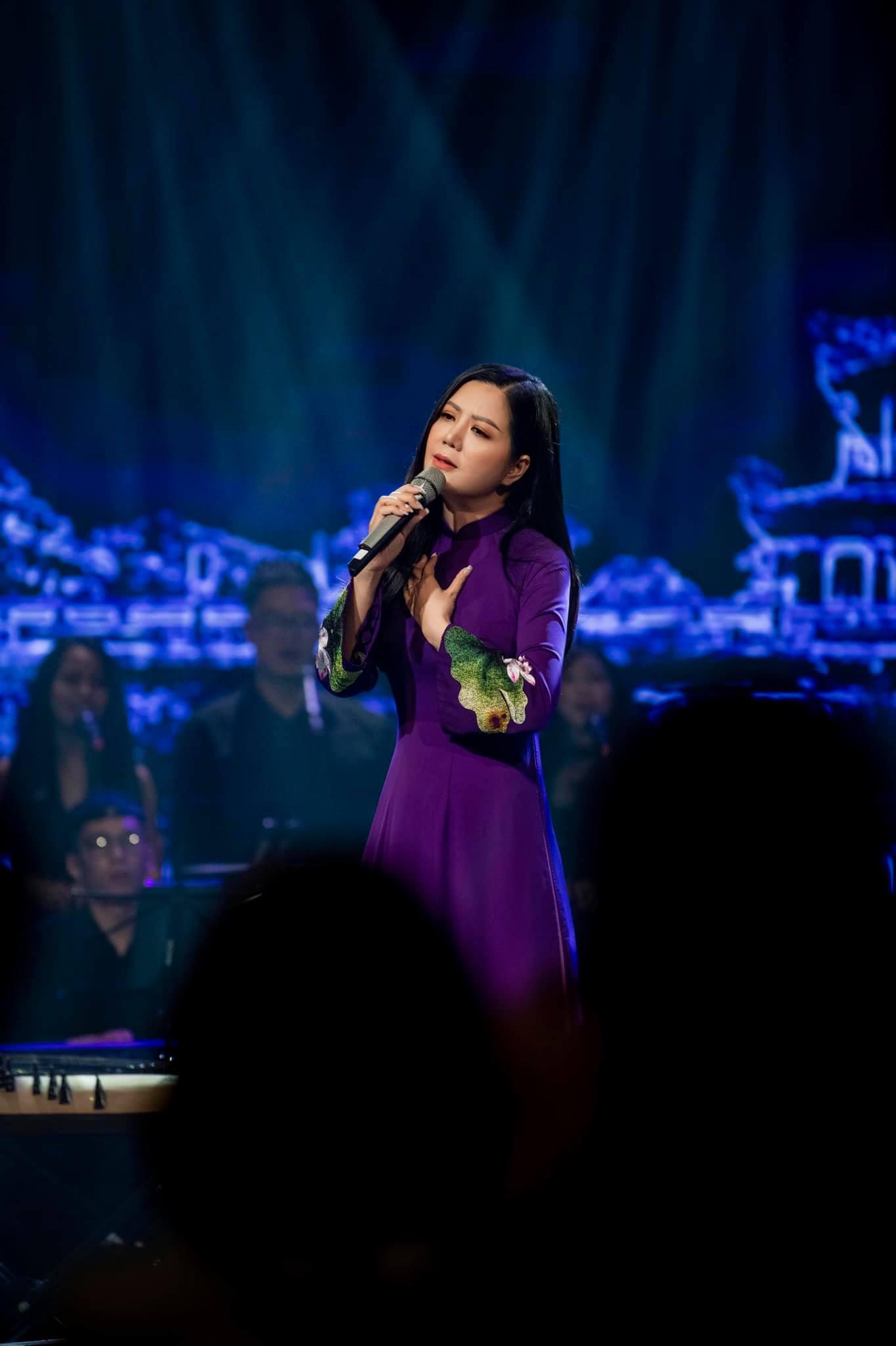 Đinh Hiền Anh làm đêm nhạc quyên góp cho gia đình trong vụ sạt lở tại Huế - 1