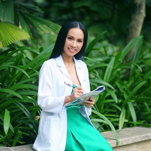 Tiến sĩ dược/MC Huyền Ny tiết lộ 7 thói quen xấu ảnh hưởng đến chiều cao của trẻ