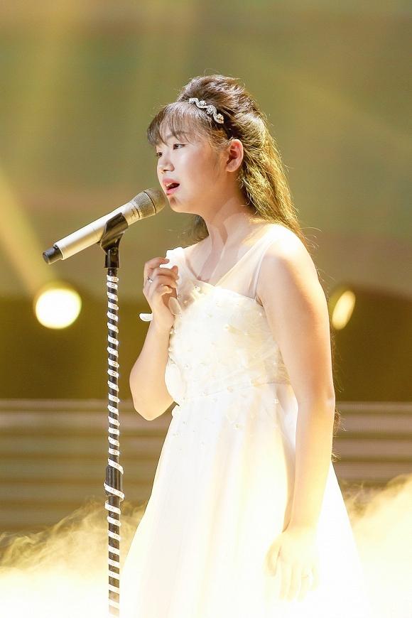 Giọng hát Việt nhí 2019: Lưu Thiên Hương, Phạm Quỳnh Anh rớt nước mắt khi nghe Khánh An hát ca khúc về mẹ bị ung thư