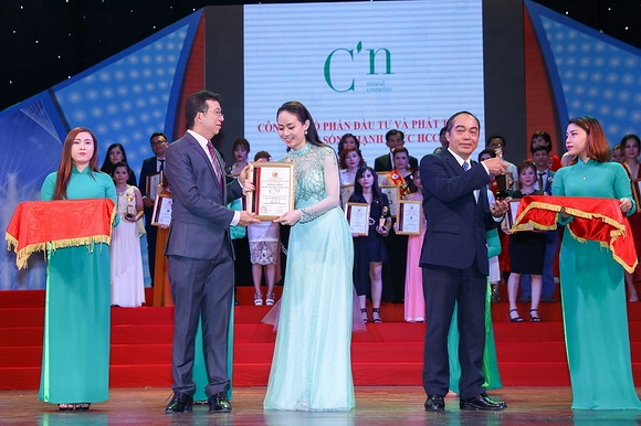 Thương hiệu mỹ phẩm thiên nhiên Hàn Quốc C'N tổ chức ra mắt bộ sản phẩm mới