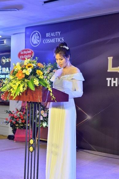 Mỹ nhân Việt tham dự lễ ra mắt mỹ phẩm Hàn Quốc Sennio
