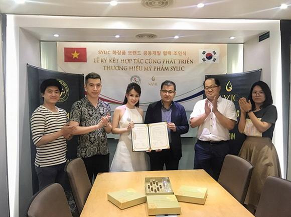 Sylic trở thành thương hiệu mỹ phẩm đầu tiên được báo chí Hàn Quốc ngợi ca rầm rộ