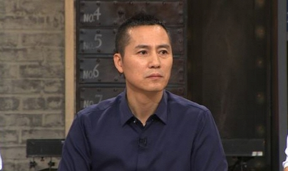 Giống Anh Vũ, một nam tài tử Hàn Quốc cũng vừa qua đời sau nhiều năm chống chọi với bệnh ung thư