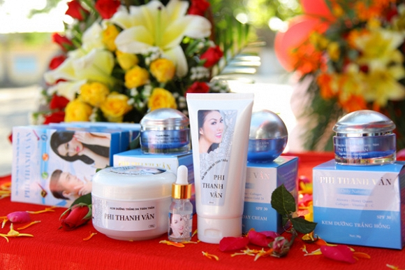 Phi Thanh Vân khai trương chi nhánh mỹ phẩm tại Lagi – Bình Thuận