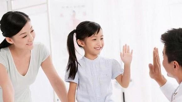 Thái độ với thời gian của cha mẹ quyết định tương lai của con cái! Muốn con học tập hiệu quả, cha mẹ có thể làm 3 điều này