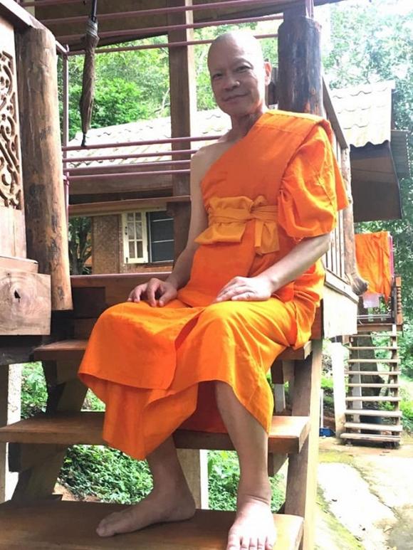 Diễn viên 'Anh hùng xạ điêu' quyết định xuống tóc đi tu tại Thái Lan sau khi mắc bệnh ung thư