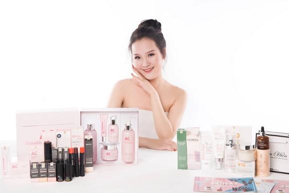 Thu Hiền thành công với kinh doanh mỹ phẩm Skinaz Hàn Quốc