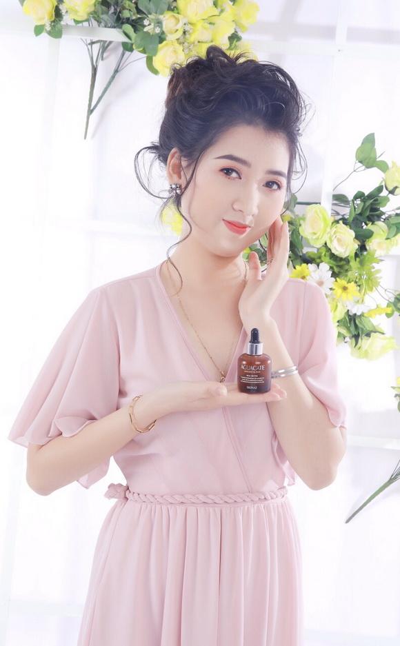 Ngọc Anh – Cô gái 9X khởi nghiệp cùng mỹ phẩm cao cấp SkinAZ