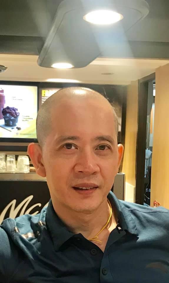 Nguyên giám đốc Nhà hát Tuổi trẻ xúc động kể về cuộc gặp các đồng nghiệp đang chiến đấu với bệnh ung thư tại Singapore