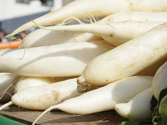 Mỹ phẩm cũng không tốt cho da bằng vỏ 9 loại rau củ này